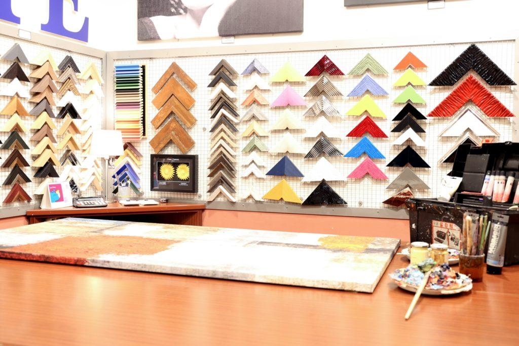Mostra del poster cornici pannelli mdf e telai su misura for Misure standard cornici a giorno